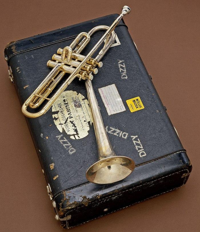 Труба Диззи Гиллеспи (Смитсоновский музей американской истории)