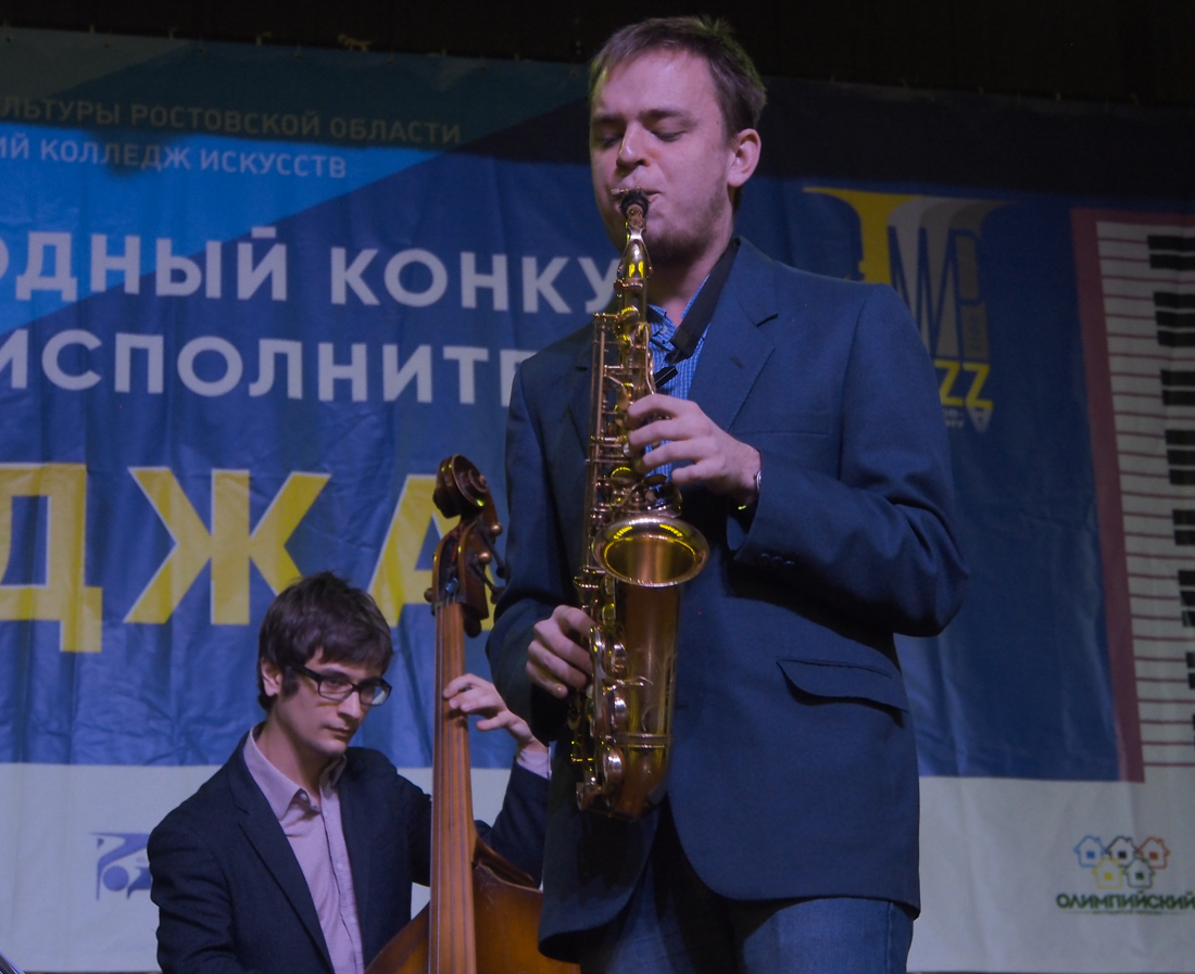 Максим Беженов