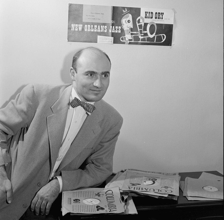 Джордж Авакян в 1947 (промо-кадр для серии переизданий «Hot Jazz Classics» © William Gottlieb)