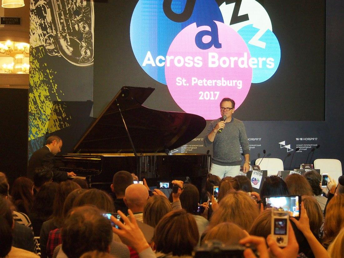 JAB: мастер-класс даёт вокалист Курт Эллинг (США). За роялем московский джазмен Владимир Нестеренко.