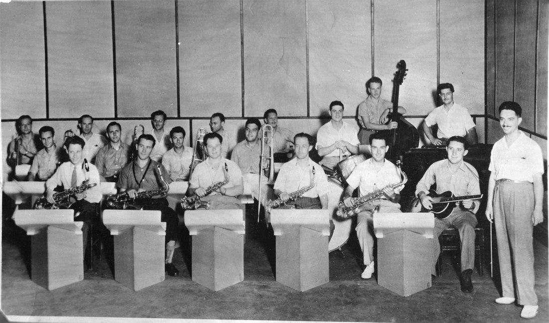 Оркестр Олега Лундстрема в Шанхае в 1945