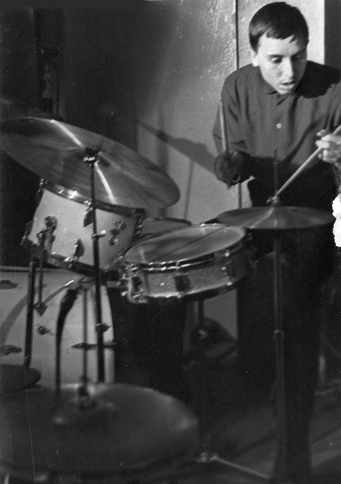 Борис Новиков. Москва, середина 60-х гг., кафе «Синяя птица». Фото © Владимир Садковкин