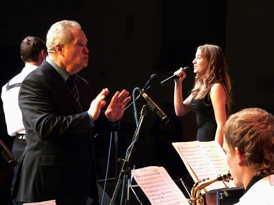 То самое первое выступление с оркестром Анатолия Кролла в Курске, 2005 (фото © Кирилл Мошков, «Джаз.Ру»)