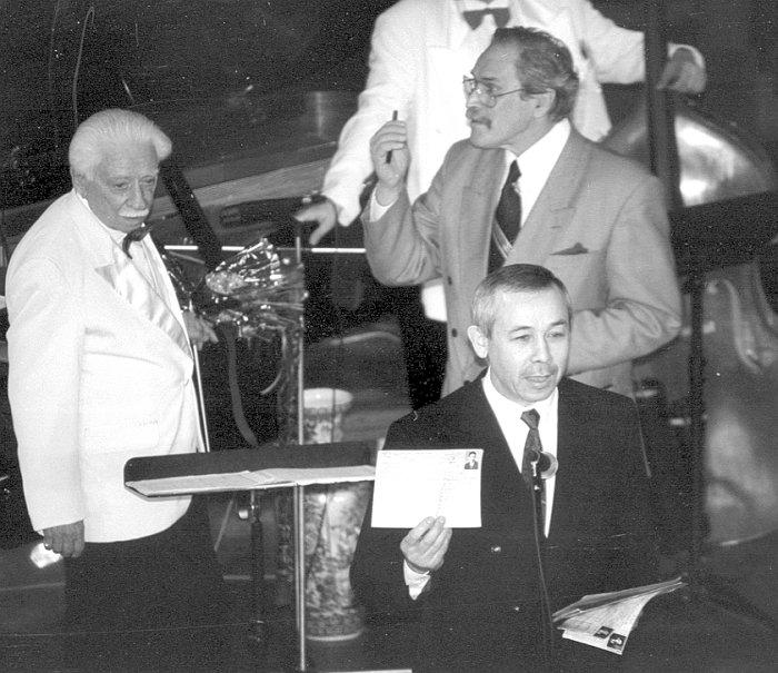 Олег Лундстрем, Алексей Баташёв, Ровель Кашапов. Казань, Большой концертный зал, 2001 год ( из архива автора)