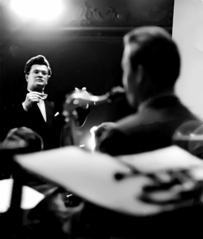 Анатолий Кролл дирижирует биг-бэндом Тульской филармонии, вторая половина 60-х