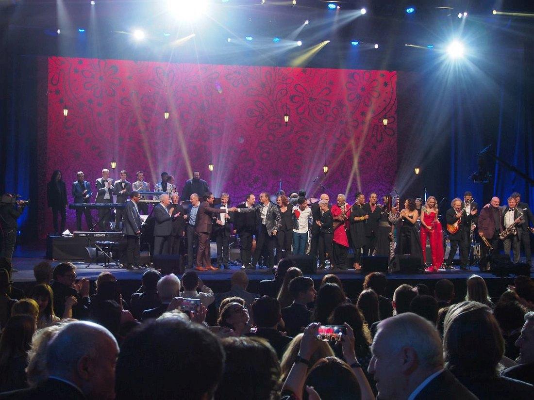 Финал Гала-концерта. Все участники на сцене
