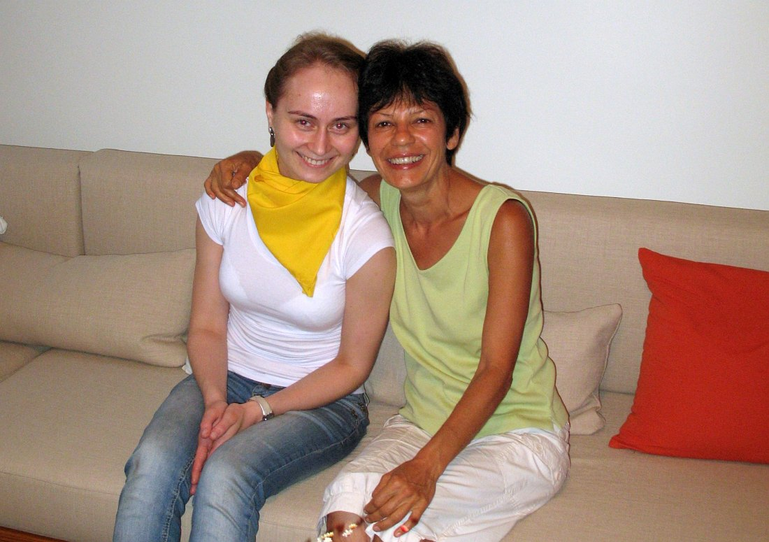 Автор интервью, Вероника Грозных, и Татевик Оганесян в Нью-Йорке
