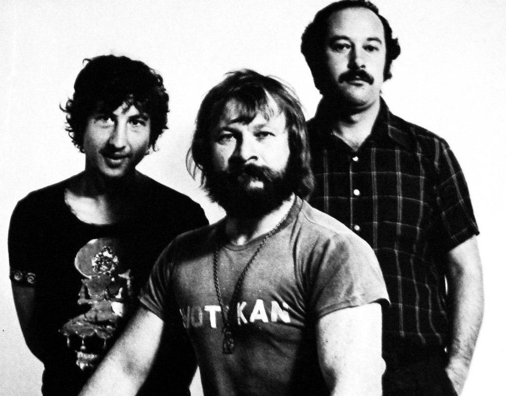 Free Kata, 1976: Lou Burdett, Serge Ermoll, Eddie Bronson