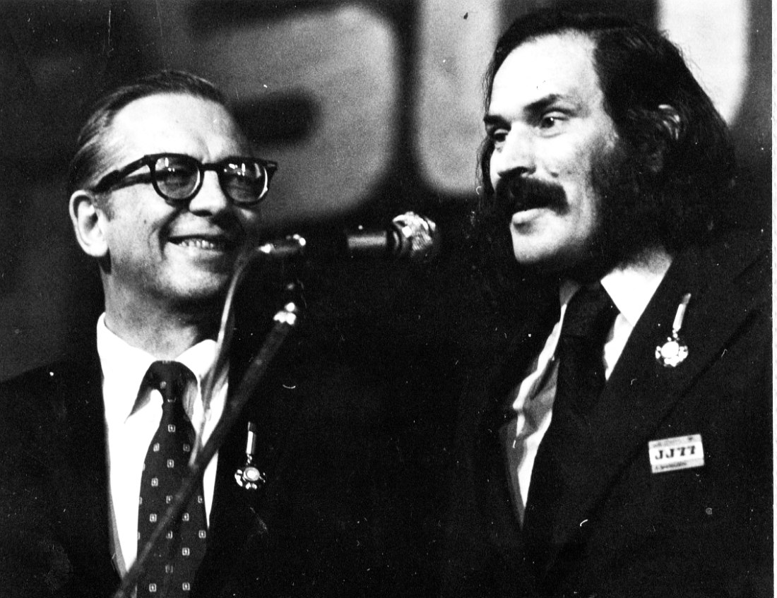 Уиллис Коновер и Алексеф Баташёв, 1978, Варшава. Фото © Павел Бродовский