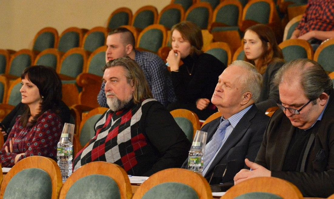 Члены жюри: Кристина Крит, Валерий Гроховский, Анатолий Кролл, Давид Газаров (фото © Юрий Машков)