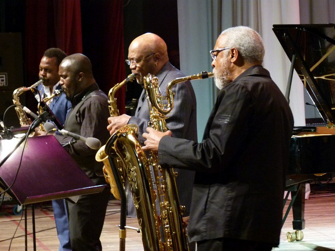 World Saxophone Quartet в Новосибирске, 22 октября 2011: David Murray, Tony Kofi, Oliver Lake, Hamiet Bluiett (фото © Кирилл Мошков, «Джаз.Ру»)