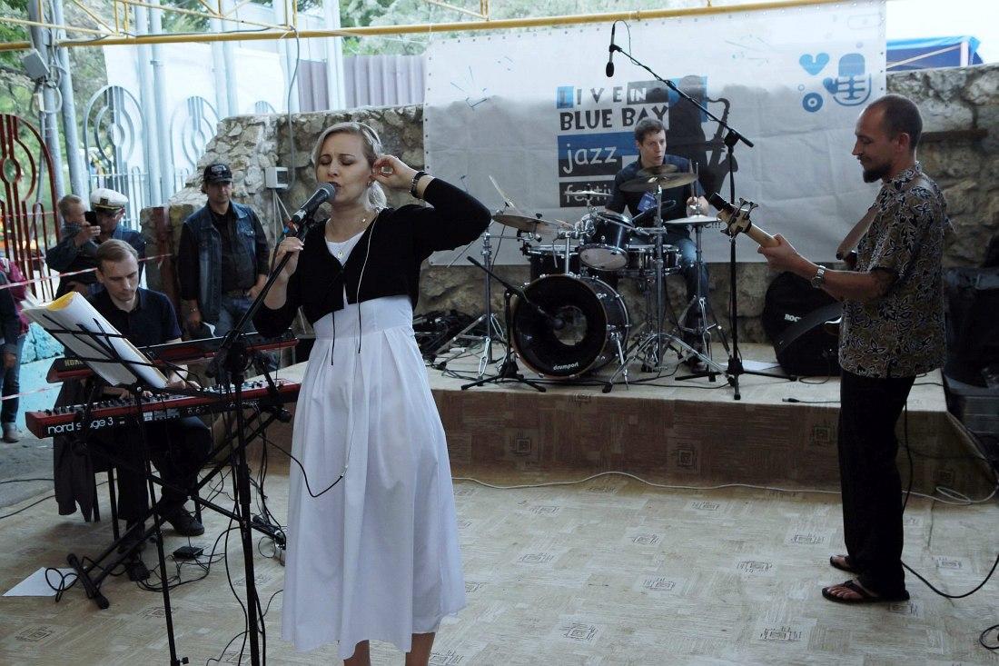 Дневные концерты на сцене «Бриз»