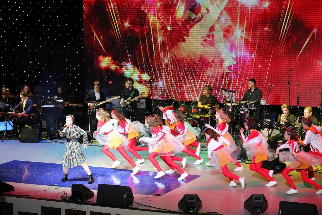 София Юдина и хореографическая группа музыкального театра «Домисолька»
