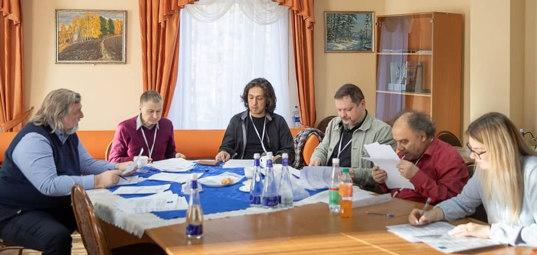 Жюри конкурса: Гроховский, Авалиани, Максин, Мошков, Манукян (фото: Артём Моисеев)