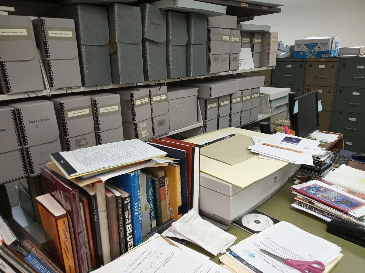 Рабочие помещения музея: зона обработки и хранения бумажных документов