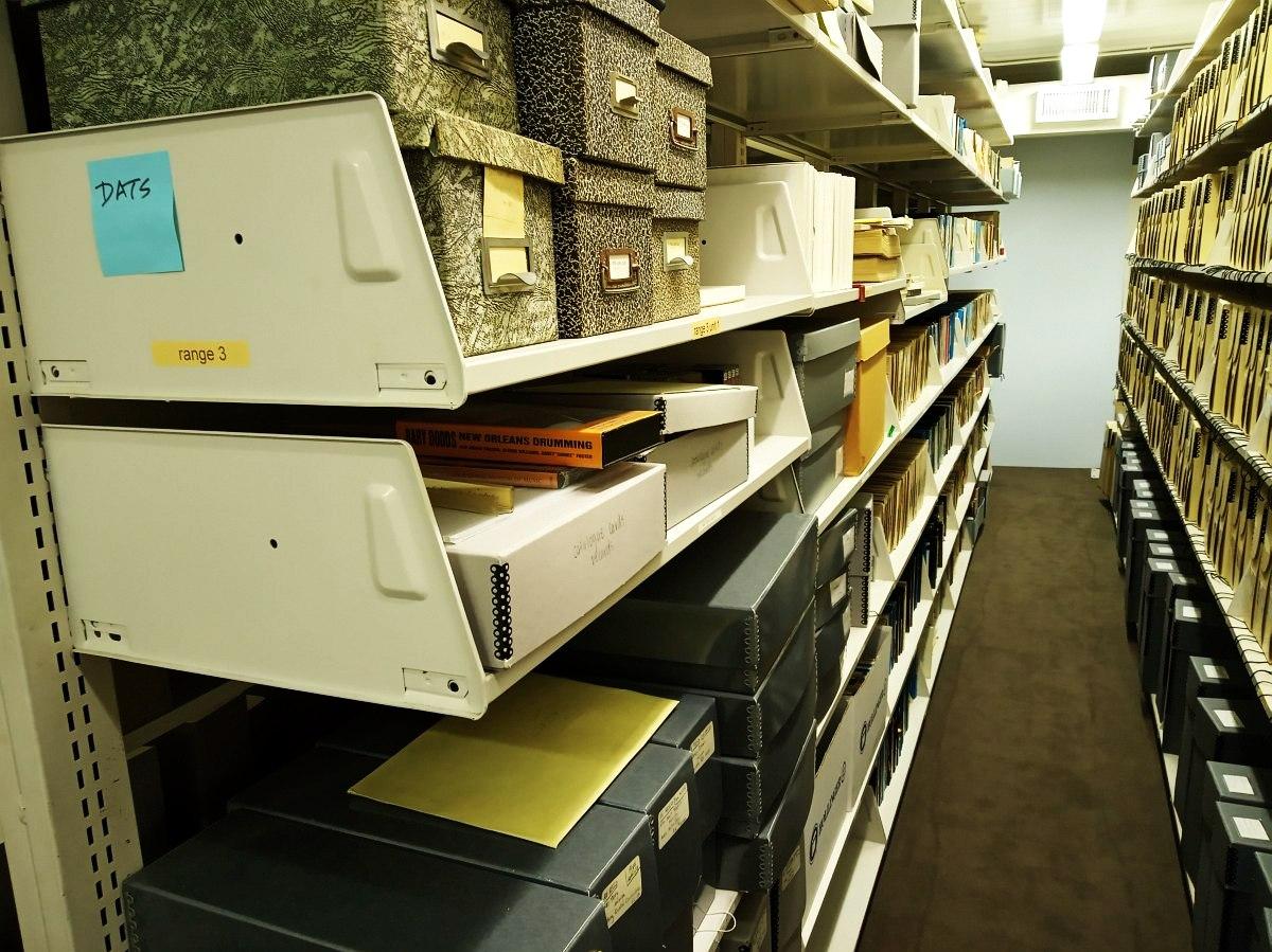 Хранилище документов и мелких артефактов