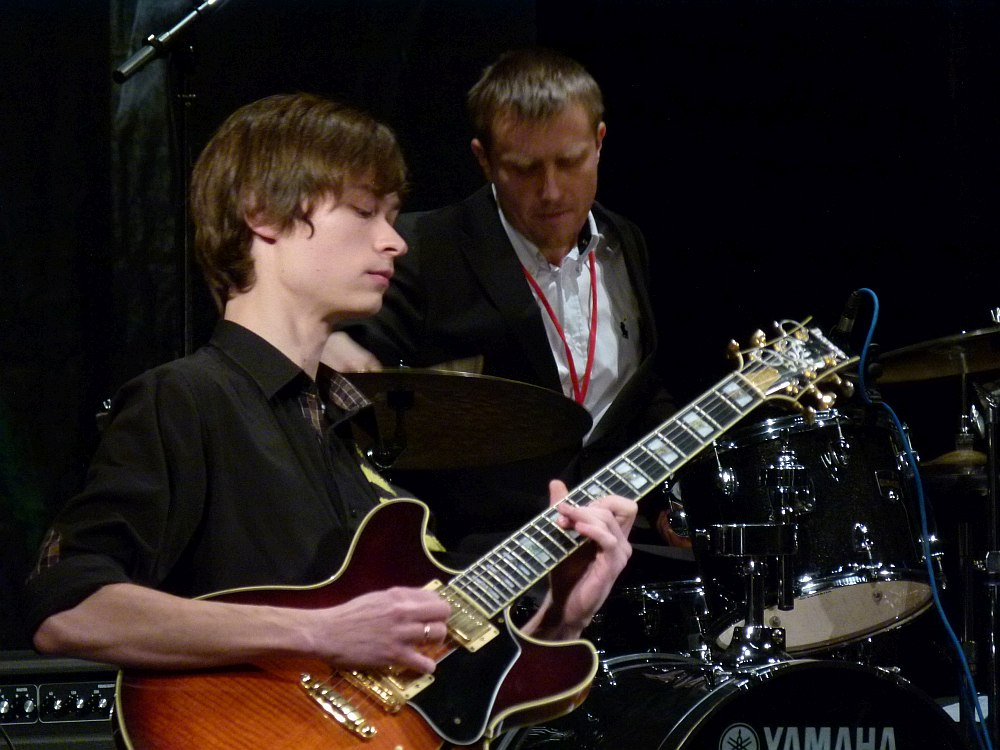 A 23-years-old Evgeny Pobozhiy with drummer Maxim Kabalskis on the stage of the Rostov Jazz Festival, 2012 (photo © Cyril Moshkow, Jazz.Ru Magazine)