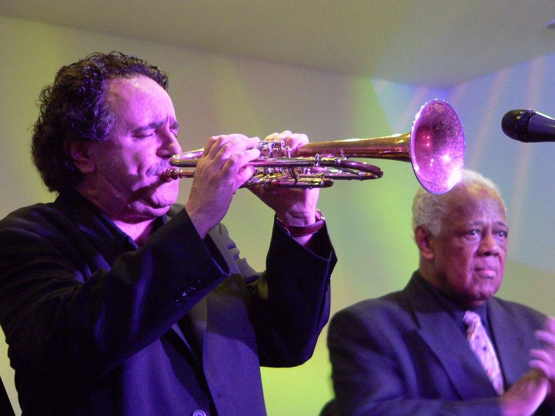 Клаудио Родити, Клуб Игоря Бутмана, май 2007 (справа тромбонист Слайд Хэмптон). Фото © Кирилл Мошков, «Джаз.Ру»