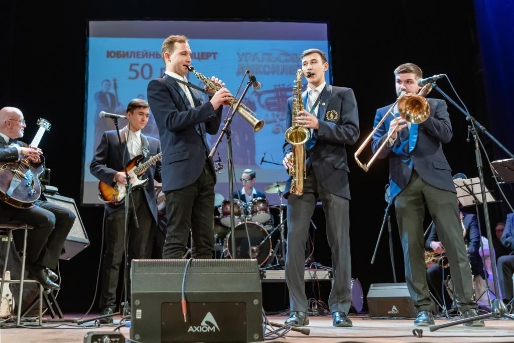Студенты эстрадно-джазовой кафедры Челябинского государственного института культуры (фото © Надежда Пелымская)