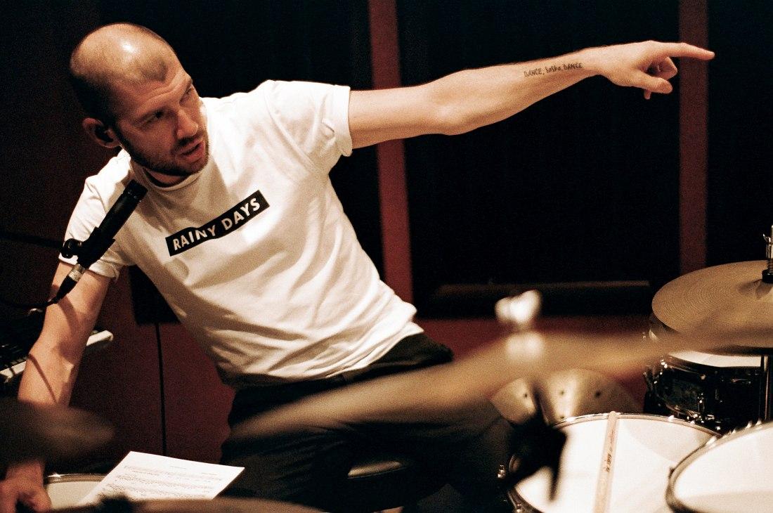 Саша Машин. Запись альбома в московской студии CineLab (фото © Евгений Петрушанский)