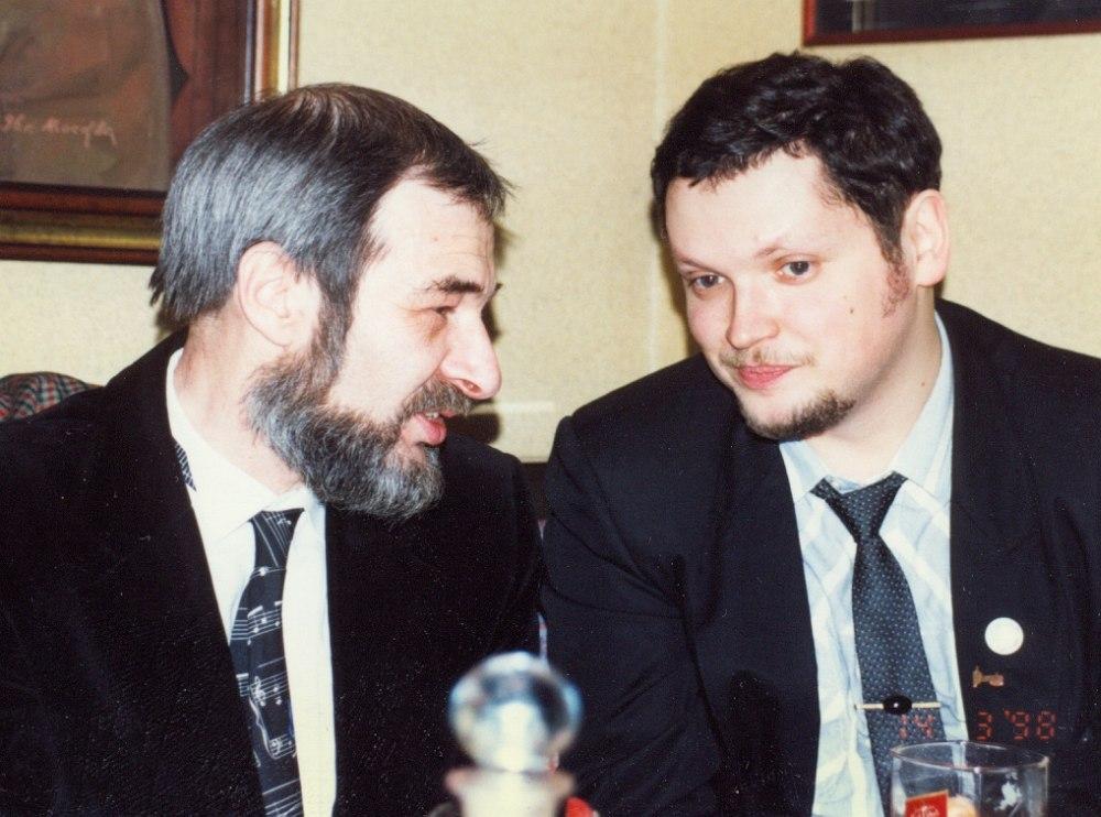 Михаил Митропольский, Кирилл Мошков (Константин Волков). Фото сделано примерно через два года после этой записи, 14 марта 1998. © Павел Корбут