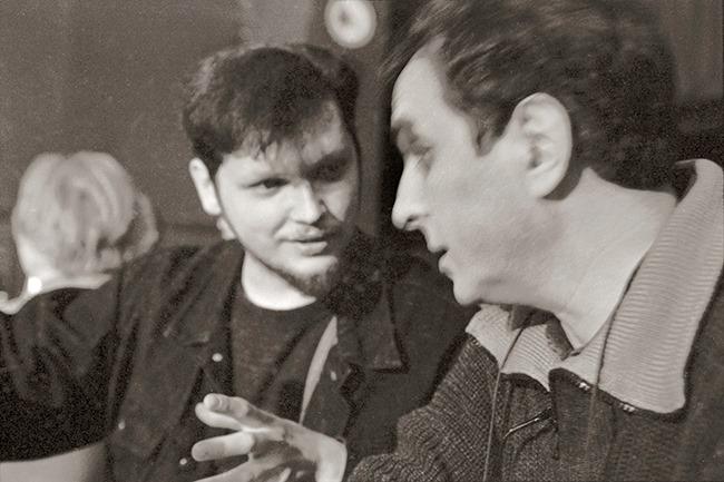 Кирилл Мошков (Константин Волков) и Дмитрий Ухов за три дня до этого эфира, 17 марта 1996, в ныне не существующем Arbat Blues Club (фото © Александр Забрин)