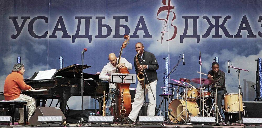 Квартет Брэнфорда Марсалиса на фестивале в Подмосковье, июнь 2009 (фото © Владимир Коробицын)