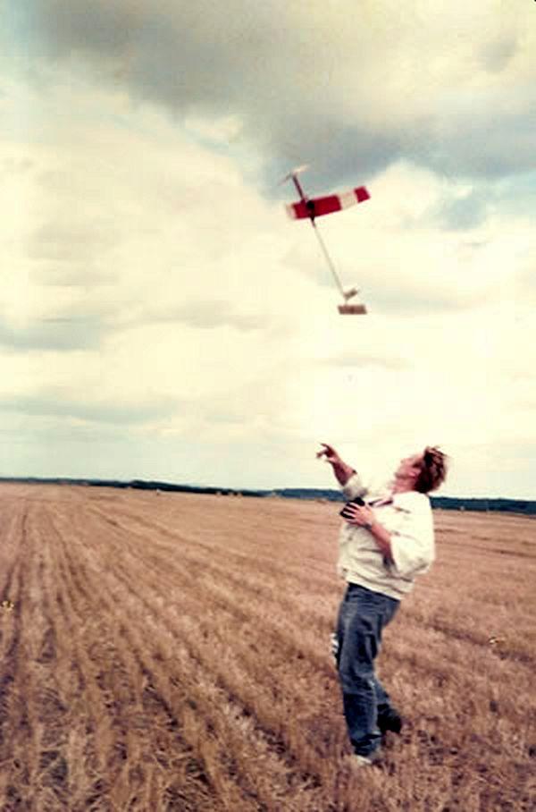 Питер Кинг и одна из его моделей