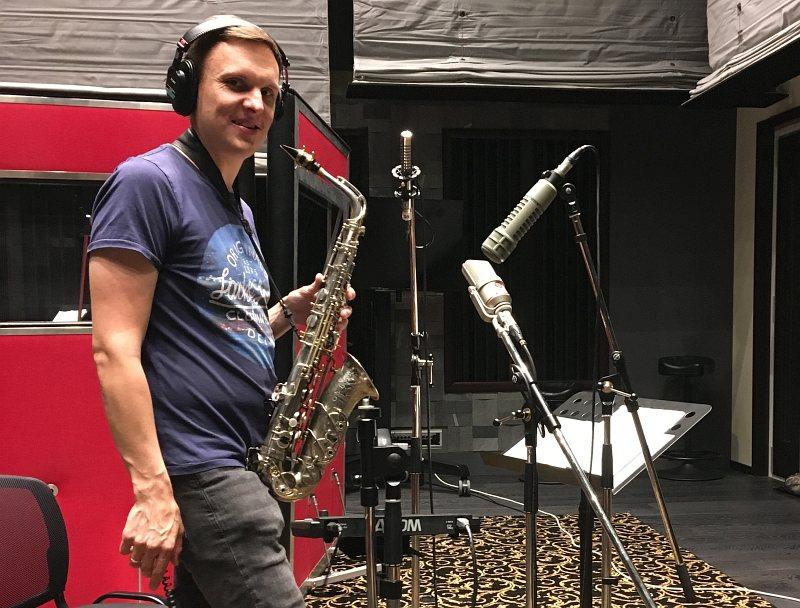 Павел Скорняков в студии CineLab SoundMix