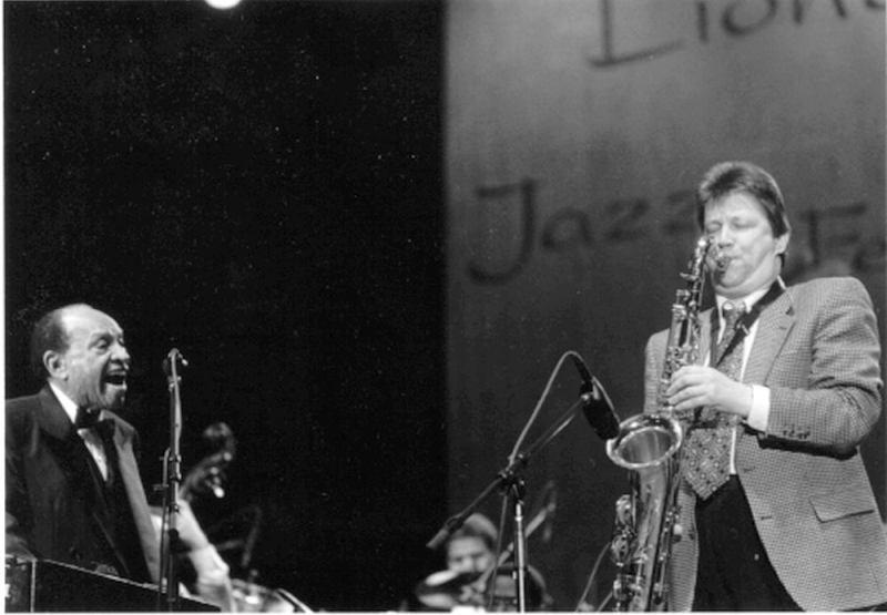 Lionel Hampton and Lembit Saarsalu (U of I Press Service)