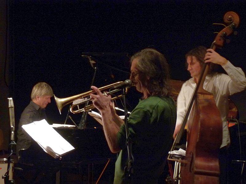 Андрей Кондаков, Вячеслав Гайворонский, Владимир Волков. Москва, КЦ «ДОМ», 2011