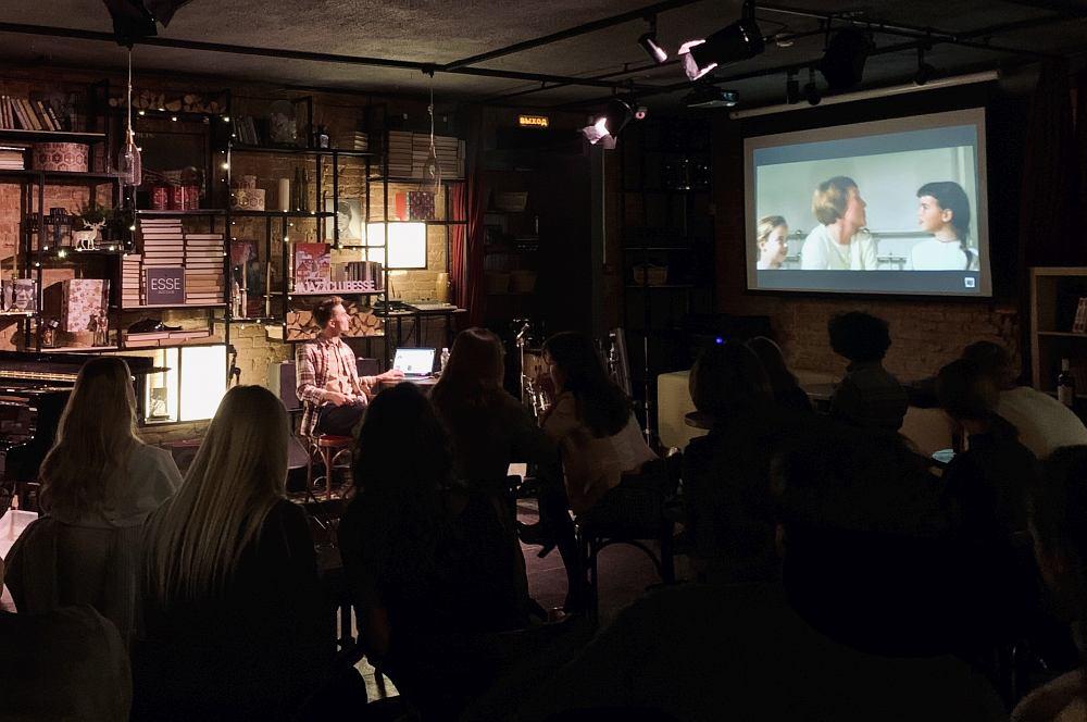 Офлайн-версия проекта «ДЖАЗИДЖАЗ» в джаз-клубе «Эссе»
