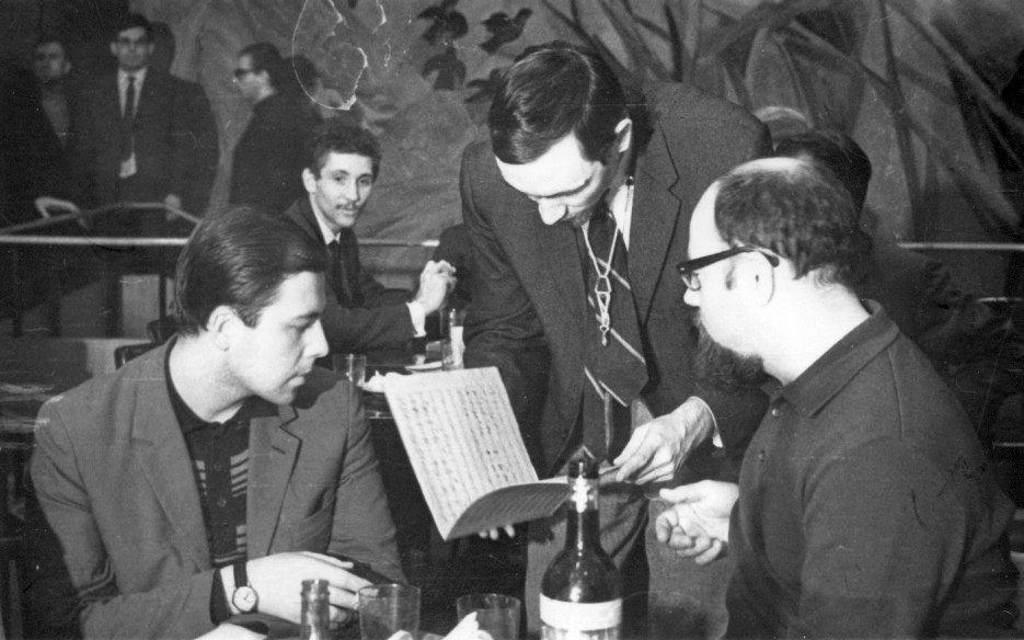 Середина 1960-х. На первом плане: пианист Игорь Бриль, саксофонист Алексей Козлов и Аркадий Петров