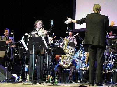 Аркадий Шилклопер в составе Vienna Art Orchestra