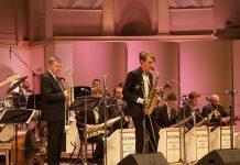 Макар Кашицын играет с Московским джазовым оркестром