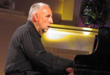 Jacques Loussier (фото © Кирилл Мошков, «Джаз.Ру», 2002)