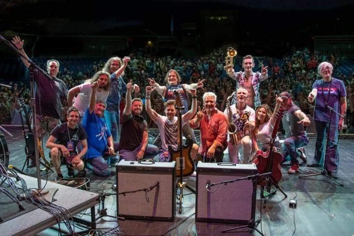 Leonid & Friends, Ft. Wayne, Indiana, 11 июля 2019 (фото © Thomas Eishen)