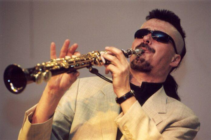 Майк Эллис (фото © Павел Корбут, 2001)